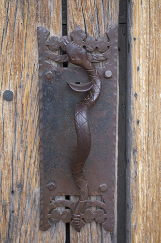 snake doorknob at Mission San Xavier Del Bac,photo by M. LaFreniere, all rights reserved, CactusCatz